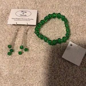 Original Kelly green dangle earrings and bracelet